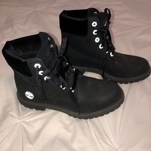Limited edition black with velvet detail Timbs